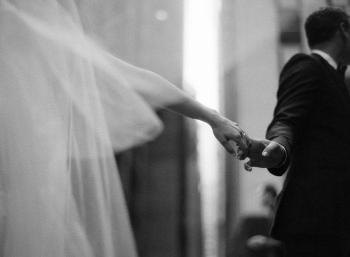 Chicago wedding photos on Michigan Avenue by Kristen Kaiser